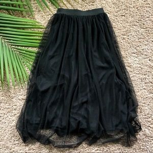 H&M Skirts - H&M Black Tulle Midi Skirt